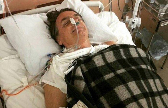 Bolsonaro foi esfaqueado no abdômen há oito dias durante uma agenda em Juiz de Fora (MG). Foto: Reprodução/Twitter