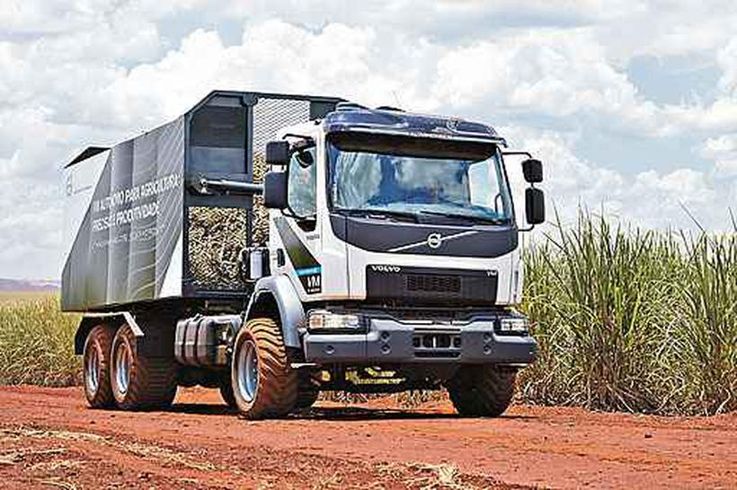 Caminhões da Volvo que rodam sem motorista estão sendo entregues ao Grupo Usaçúcar, do Paraná, e vão trabalhar nos canaviais da companhia já neste ano. Foto: Volvo/Divulgação