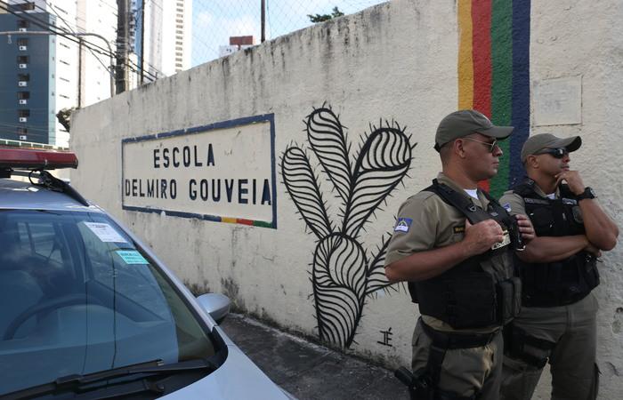 Homicídio ocorreu na Escola Estadual Delmiro Gouveia - Foto: Gabriel Melo/Esp.DP