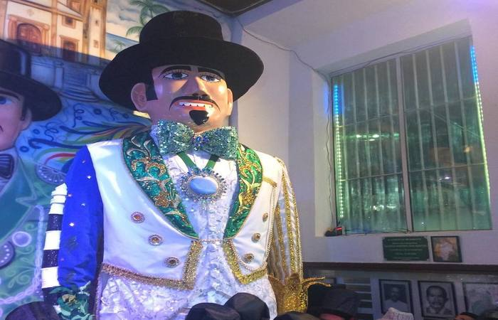 Gigante posicionado para a saída no carnaval deste ano. Foto: Italo França/Divulgação