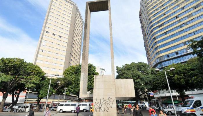 O crime aconteceu em um bar na Praça Rio Branco, em Belo Horizonte. Foto: Rodrigo Clemente/EM/D.A Press