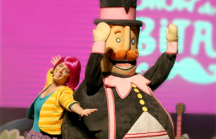Os personagens Bita, Tito, Dan e Lila aparecerão no palco, enquanto Flora cantará músicas. Foto: Mundo Bita/Divulgação