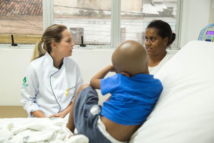 Cáries, tártaros e má higiene podem ser porta aberta para infecções. Camila Pifano/Esp. DP (Camila Pifano/Esp. DP)