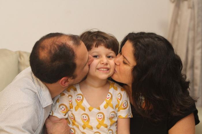 Caso de mucosite grave de Felipe fez hospital passar a fazer laserterapia todos os dias da semana. Nando Chiappetta/DP (Nando Chiappetta/DP)