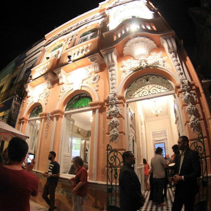 A Casa Cultural Villa Ritinha recebe exposições, concertos, lançamentos de livros, palestras, além de contar com um café bistrô. Crédito: Facebook/Reprodução
