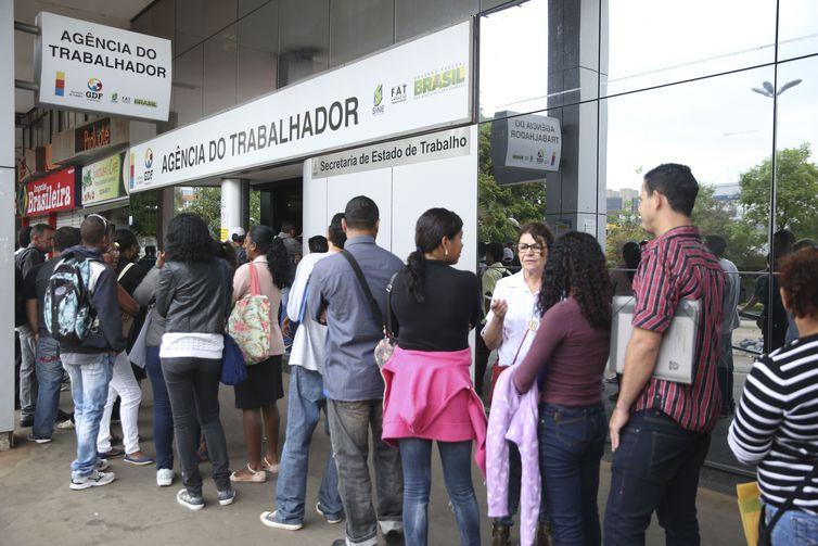 O Brasil tem 12,7 milhões de pessoas desocupadas, um contingente maior que a população da cidade de São Paulo e de países como Bolívia, Bélgica ou Cuba. Foto: Arquivo/José Cruz/Agência Brasil