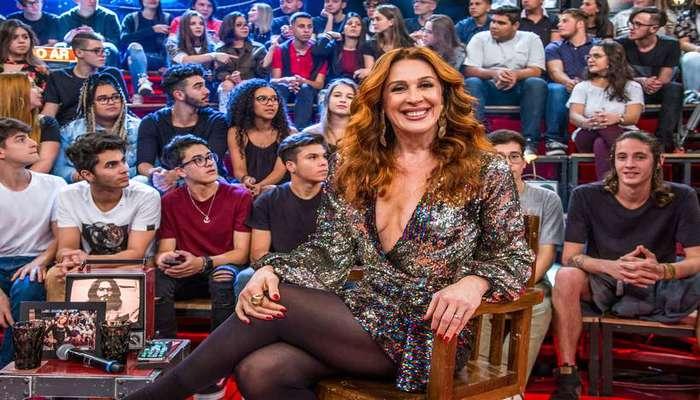 Cláudia Raia contou a Pedro Bial que foi vetada num primeiro momento no 'TV Pirata'. Foto: Reprodução/TV Globo