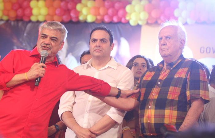 Humberto e Jarbas apoiaram o governador reeleito, Paulo Câmara (PSB) - Foto: Nando Chiappetta/DP