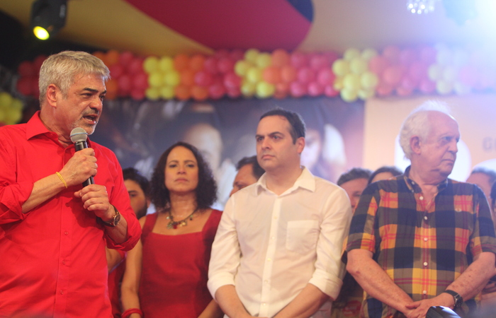 Paulo Câmara, Humberto Costa e Jarbas Vasconcelos se elegeram, juntos, pela Frente Popular de Pernambuco - Foto: Nando Chiapetta/DP