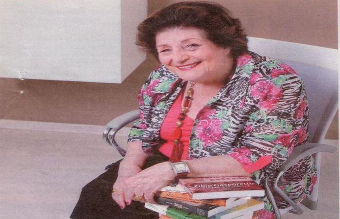 A escritora Zibia Gasparetto. Foto: Biblioteca Santos Dumont/Governo Santa Catarina