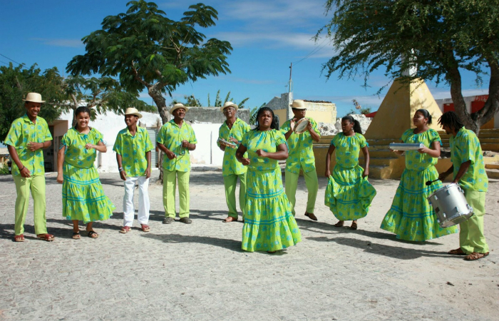 Evento contará com apresentações do Coco Irmãs Lopes, Coco Trupé e Raízes de Arcoverde. Foto: Coco Raízes de Arcoverde/Divulgação