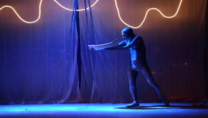 A peça ''Um Minuto Para Dizer Que Te Amo'', do diretor Rudimar Constâncio é uma das atrações da mostra. Foto: Divulgação