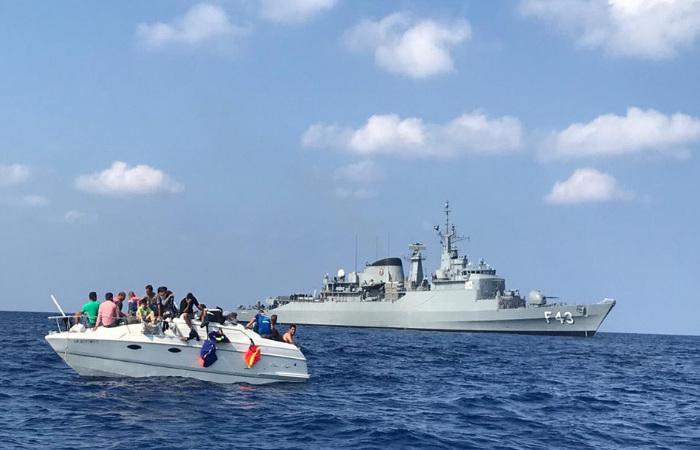 Refugiados sírios regatados por militares da Marinha do Brasil, que compõe a FTM, estavam bastante debilitados. Foto: Força Tarefa Marítima UNIFIL / Reprodução
