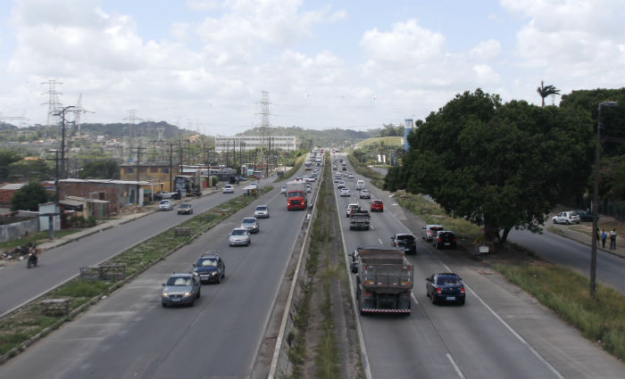 Roubo de cargas é principal fator que faz apólices subirem em Pernambuco. Foto: Mandy Oliver/Esp.DP