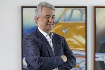 O cirurgião pernambucano Josemberg Campos é ex-presidente da SBCBM. Foto: Leo Malafaia/DP