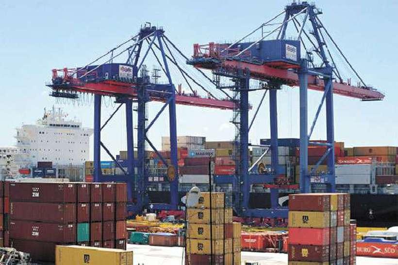 Cargas no porto: demandas sobre exportações e importações apresentadas pelos empresários ao presidenciável. Foto: Tama Rego/ABR