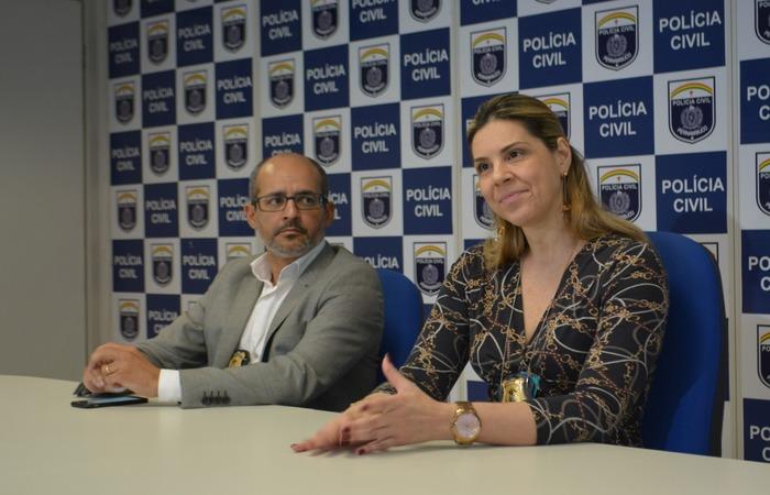 Delegados Ivaldo Pereira, diretor Integrado metropolitano, e Lídia Barci, titular de Casa Amarela. Imagem: PCPE/Divulgação