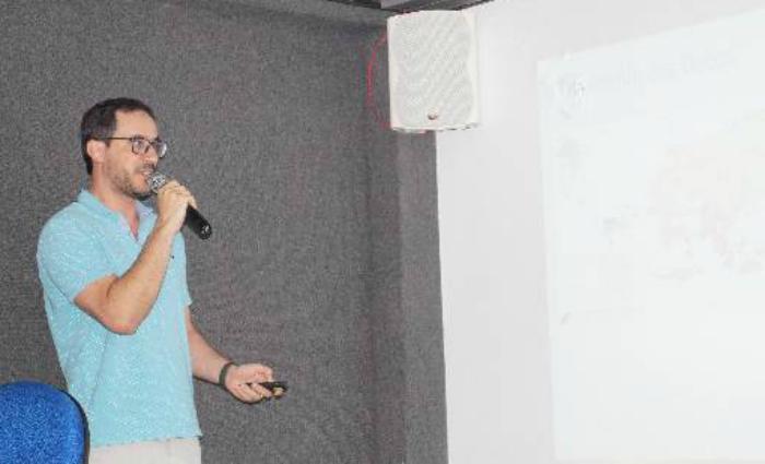 Para Geyssom Lages, estudo também traz benefícios para o gesso da região do Araripe. Foto: Divulgação/CPRM ( Foto: Divulgação/CPRM)