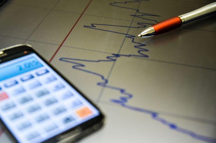 Mercado financeiro espera pela manutenção da taxa básica de juros, a Selic, em 6,5% ao ano esta semana. Foto: Marcello Casal Jr./Agência Brasil