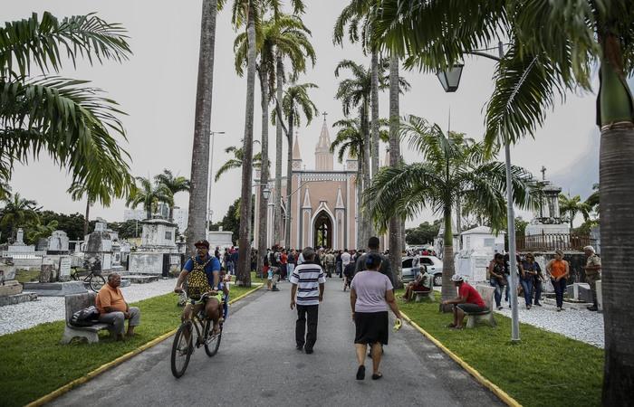 Em Santo Amaro, no Recife, haverá missa às 10h, celebrada pelo arcebispo dom Fernando Saburido. Imagem: Arquivo/DP