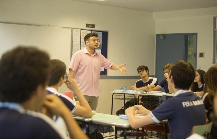 Arthur Costa ressalta que aluno não deve demorar muito na mesma questão. Foto: Camila Pifano/Esp. DP