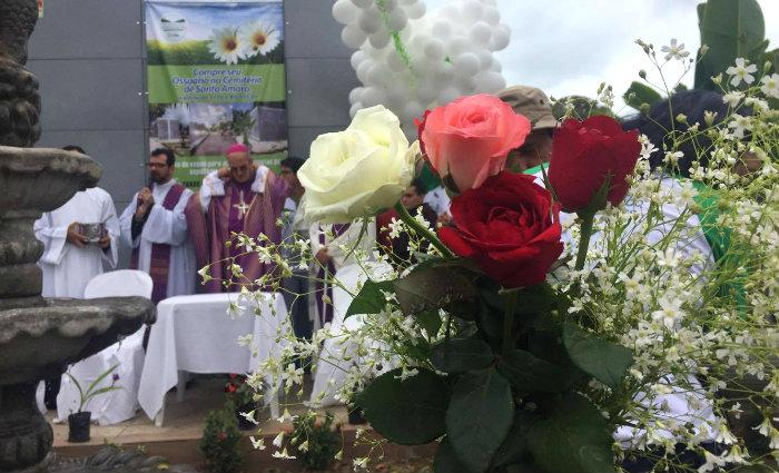 A celebração no Cemitério de Santo Amaro será comandada por Dom Fernando Saburido. Foto: Anamaria Nascimento/DP.