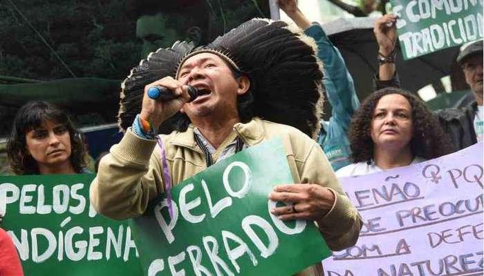 Antes do segundo turno, houve manifestações contra a política do presidente eleito Jair Bolsonaro para os povos indígenas. Foto: Ed Alves/CB/D.A Press