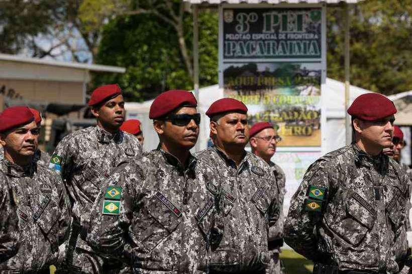 Exército e Força Nacional atuando em Pacaraima RR. Foto: Marcos Corrêa/PR