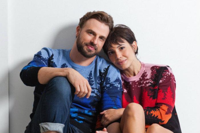 O ator Cássio Reis e a atriz Juliana Knust. Foto: Paulo Reis/Divulgação