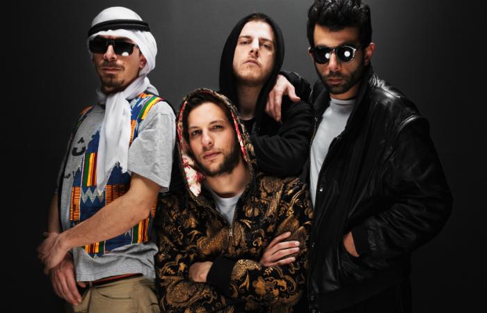 Banda é formada por Z the People (sintetizadores), El Far3i (darouka), Walaa Sbeit (percussão) e El Jehaz (guitarra). Foto: 47Soul/Divulgação