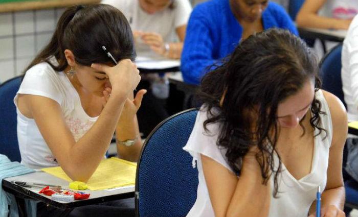 Estudantes fazem prova. Foto: Wilson Dias/Arquivo Agência Brasil (Foto: Wilson Dias/Arquivo Agência Brasil)