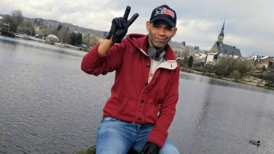Eliecer Jimenez, advogado venezuelano, chegou como refugiado na Bélgica e foi obrigado a dividir quarto com líbios e sírio. Foto: Arquivo pessoal
