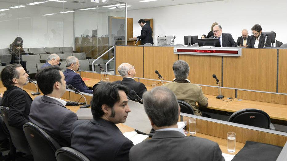 Sessão na Assembleia Legislativa de Minas Gerais; no dia 20 de novembro, os deputados estaduais aprovaram reajuste para os servidores. Foto: Guilherme Bergamini/ALMG