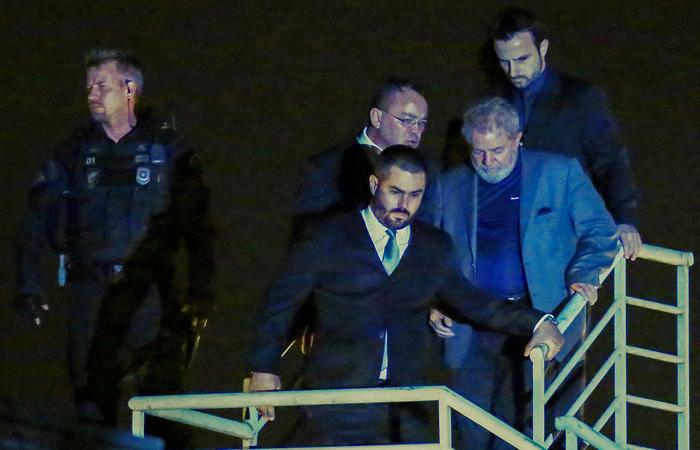 A defesa de Lula quer que seja reconhecida a suspeição de Moro para julgar processos contra o ex-presidente Lula. Foto: Heuler Andrey / AFP