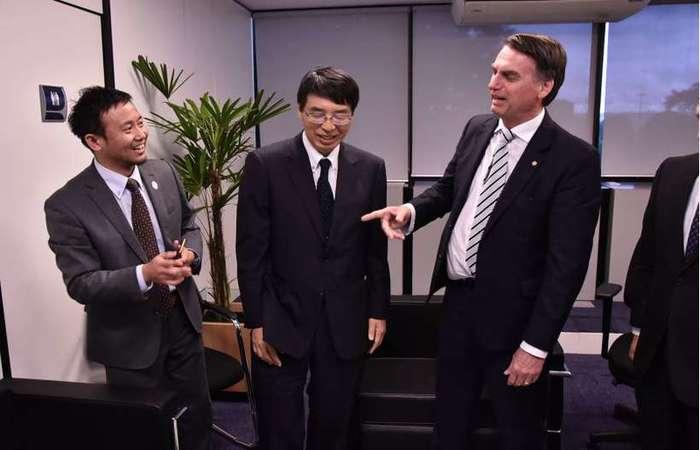 Antes de falar com integrantes do MDB e do PRB, Bolsonaro recebeu o embaixador japonês no Brasil, Akira Yamada, no Centro Cultural Banco do Brasil (foto: Governo de Transição/Divulgação)