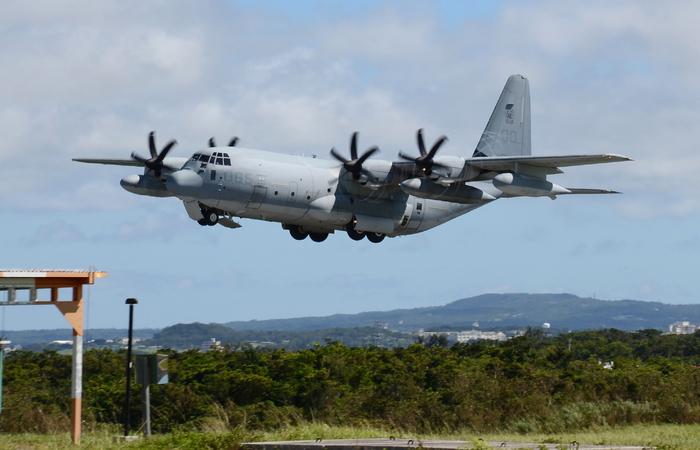 Um dos modelos do avião militar que colidiu. Foto: JIJI PRESS / AFP