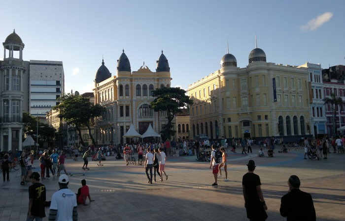Para a realização do projeto, prefeitura contará com parceria do Sebrae e Porto Digital. Foto: Gil Vicente/DP
