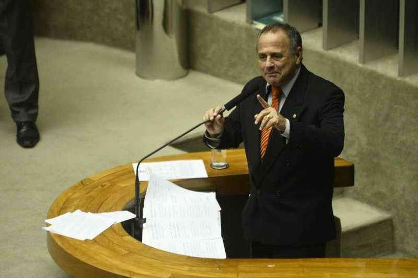Carlos Manato (PSL-ES) confirma a relação de parceria que o governo quer construir com os parlamentares. Foto: Breno Fortes/CB/D.A Press