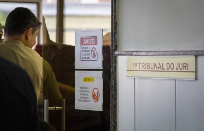 Julgamento de dois réus começou ontem e deve ser concluído amanhã, em Jaboatão. Foto: Leo Malafaia/Esp.DP