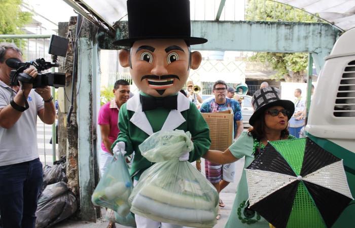 Os donativos foram arrecadas durante dois meses, na sede do bloco. Foto: Francisco Jr/Divulgação