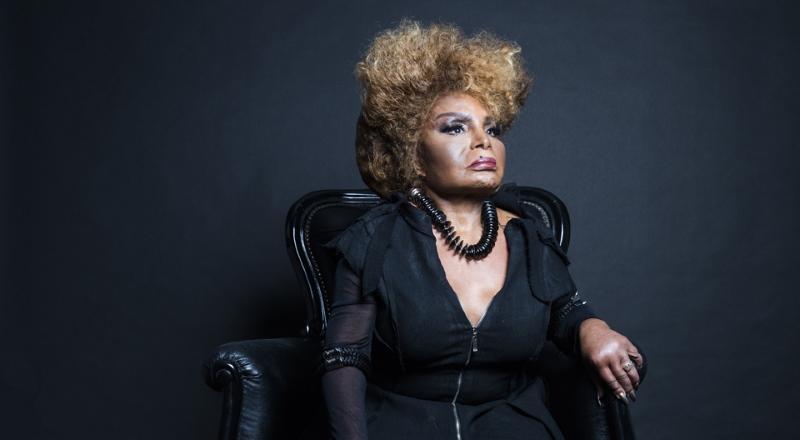 Após o sucesso A Mulher do fim do mundo, Elza Soares surpreendeu a todos com o disco Deus é Mulher. Foto: Divulgação