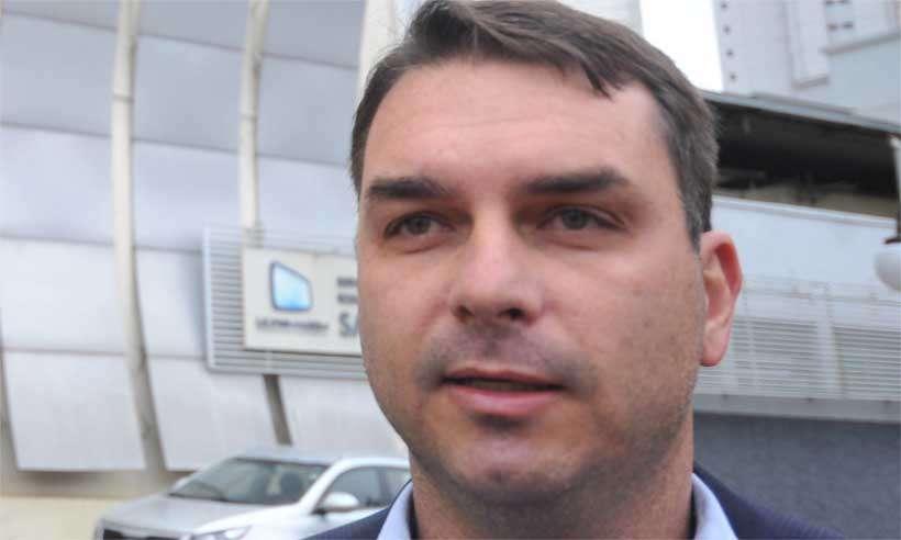 Entre os investigados está o assessor do filho do presidente eleito, Jair Bolsonaro, o deputado estadual e senador eleito Flávio Bolsonaro (PSL/RJ). Foto: Alexandre Guzanshe/EM/D.A Press