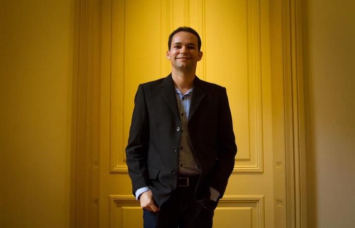 Jayse é formado em educação artística pela Universidade Federal da Paraíba (UFPB). Imagem:Léo Malafaia/ESp DP