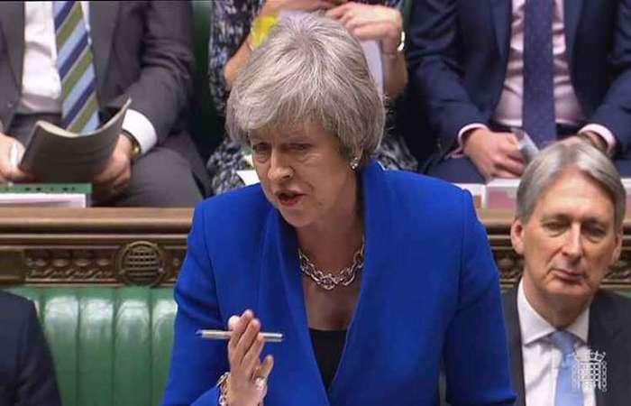 O acordo de saída aprovado pelos 27 membros e a primeira-ministra Theresa May em novembro. Foto: HO / PRU / AFP