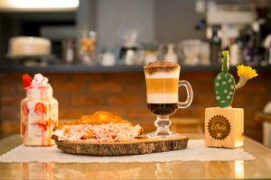 Olinda Café e Cervejaria une duas bebidas em um lugar. Foto: Mauro Filho/Divulgação.