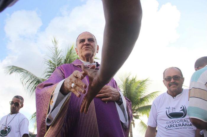 O arcebispo falou sobre a sensação de cumprir o compromisso já tradicional por ocasião desta época do ano. Foto:  Fotos: Ray Evllyn/SJDH/Divulgação.