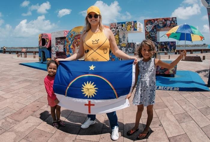Marília Mendonça chegou no Recife para show surpresa no Marco Zero. Foto: Flaney