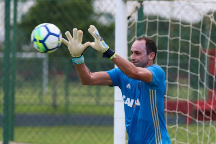 Antes de chegar ao patamar de ídolo em que se encontra, o atleta passou por situações complicadas no futebol. Foto: Anderson Freire / Sport Club do Recife