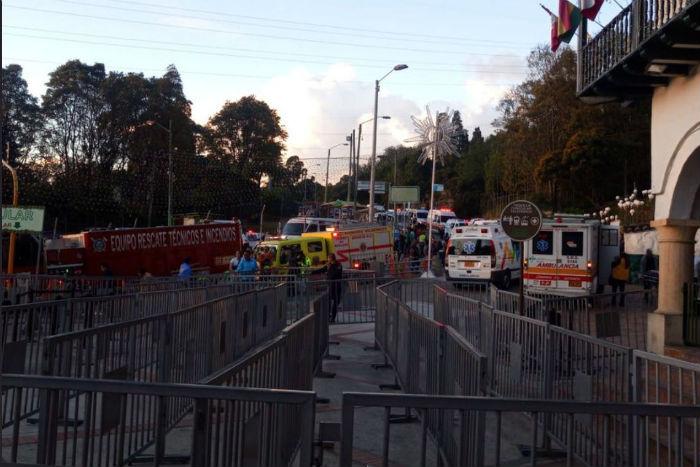 No total, 20 pessoas ficaram feridas em acidente. Foto: Bombeiros de Bogotá/Divulgação.