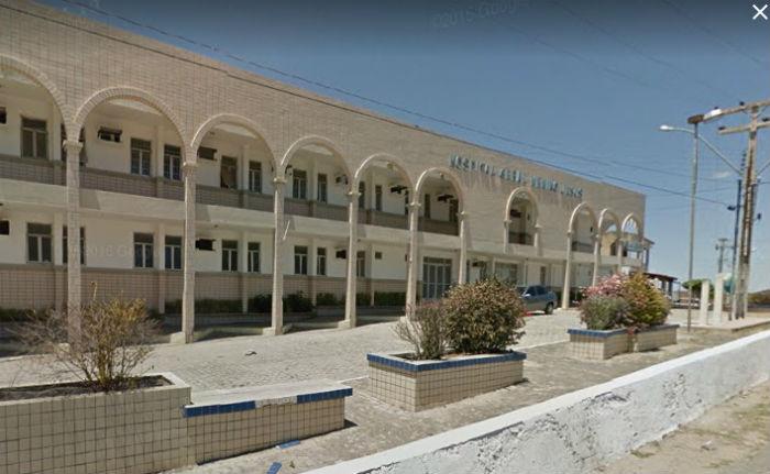 Policial foi socorrido e levado a hospital. Foto: Reprodução do Google Street View.
